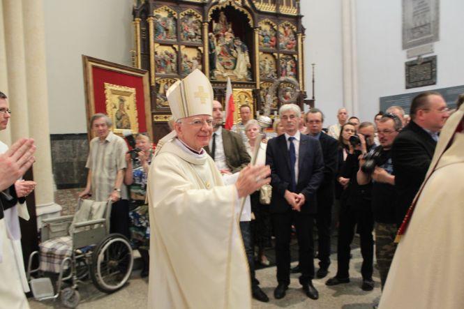 Pomnik smoleński w Łodzi: abp Marek Jędraszewski
