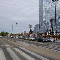 Wakacyjny eksperyment na placu Bankowym
